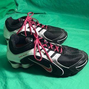 Nike Shox Women's Tennis Shoes Sz 9 Eur 40.5